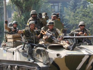 militari pe tanc